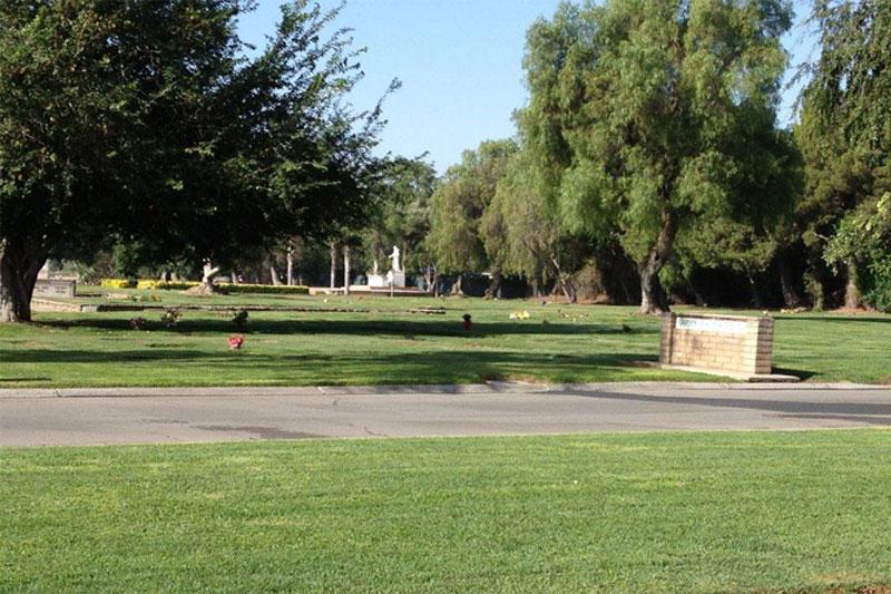 Green Acres M.P., Bloomington - Garden Of Resurrection, Section 64 ...